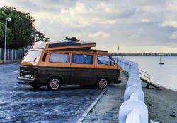 Camper Van aménagé – 6 ceintures 5 couchages – Vw T25 Aircooled 2.0l essence