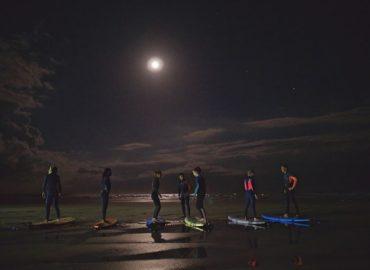 Session de Surf pleine Lune sur L'île d'Oléron avec Island Surf School !