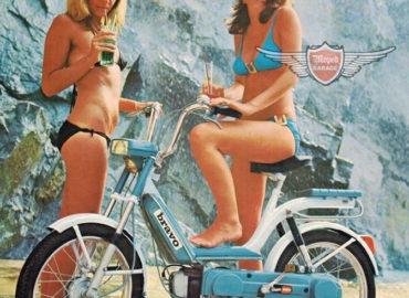 Aprés la balade en Van vintage ou en Cox de 1970 : la location de Mobylettes sur L'île d'Oléron